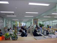 日経の教員室